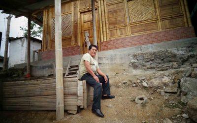 Luis Coronado – community president and furniture aficionado in Ecuador